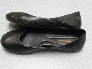 Note the white lines on the upper near the toe and heel