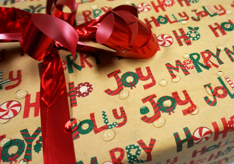 Wrapped_gift_water-drops